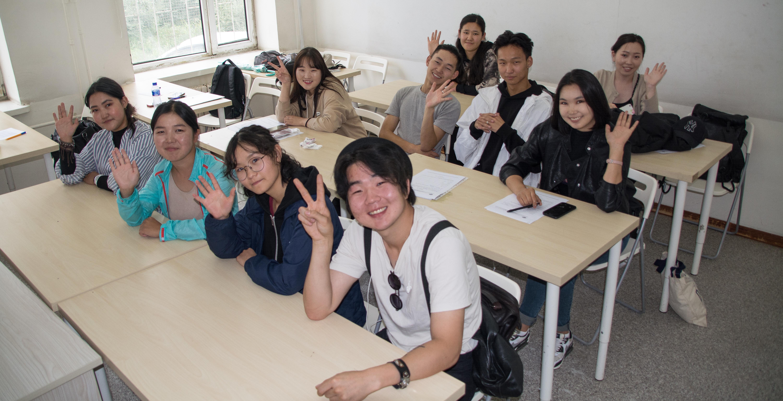 2019 оны хаврын улиралын оюутан солилцооны хөтөлбөрт нийт 14 оюутан тэнцлээ